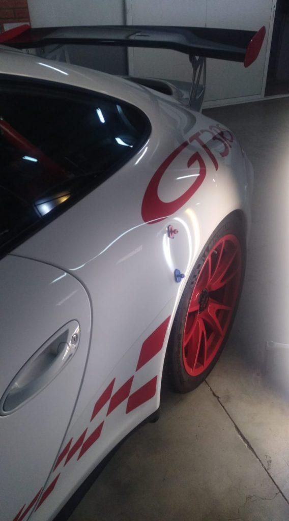 reparar coche gama alta golpes