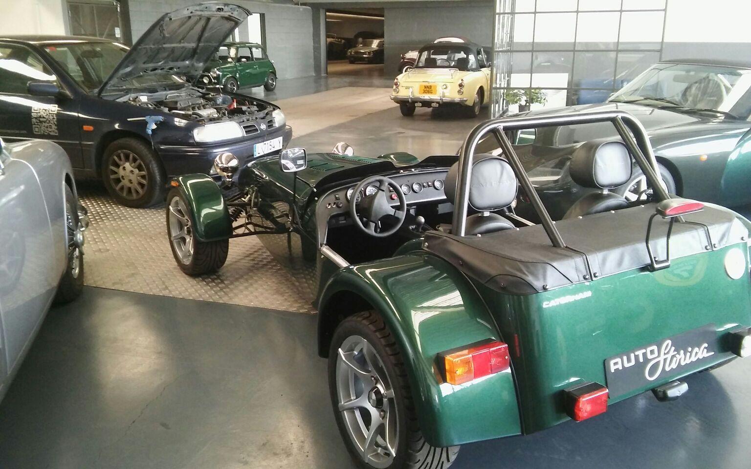 Reparando coches clásicos Autostorica
